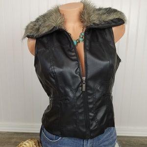 Paris Blues Faux Leather Vest Faux Fur trim Sz L